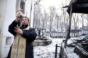 Prayer in Kyiv 1
